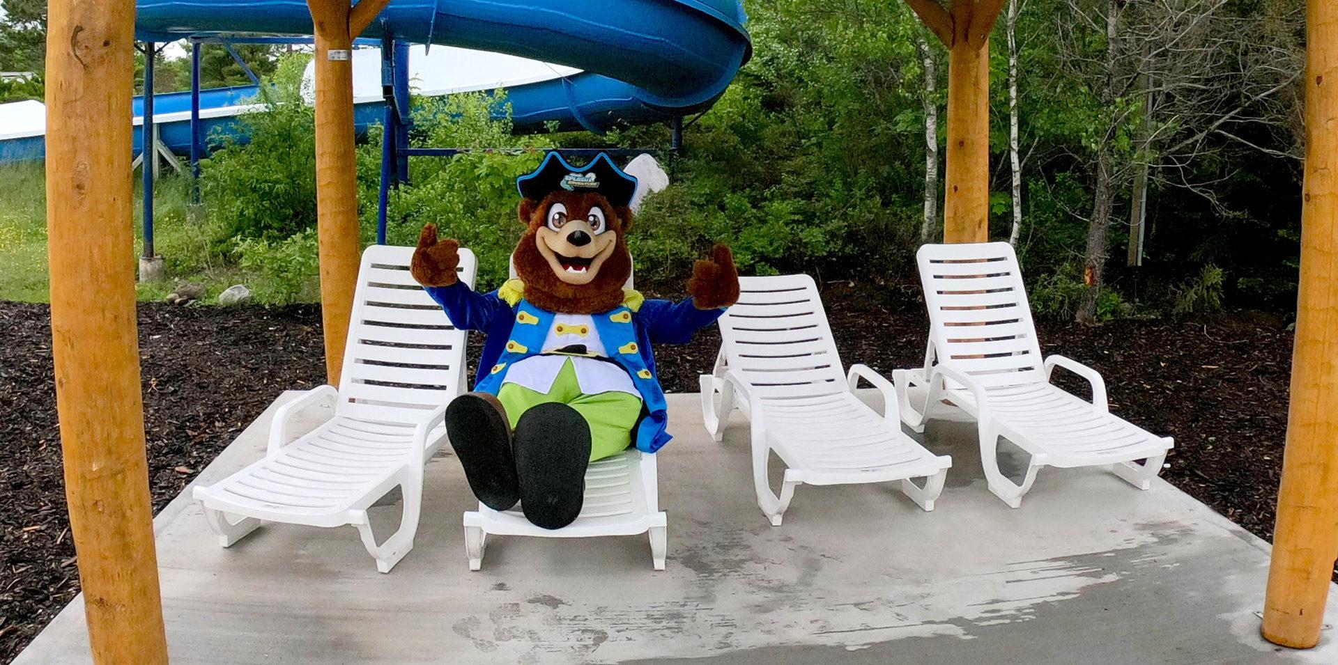 Captain Bear lounge